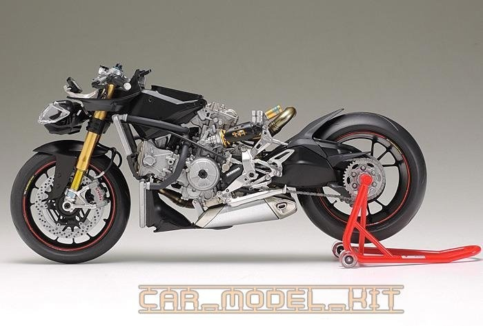 Ducati 1199 Panigale S Tamiya Car Model Kit Com