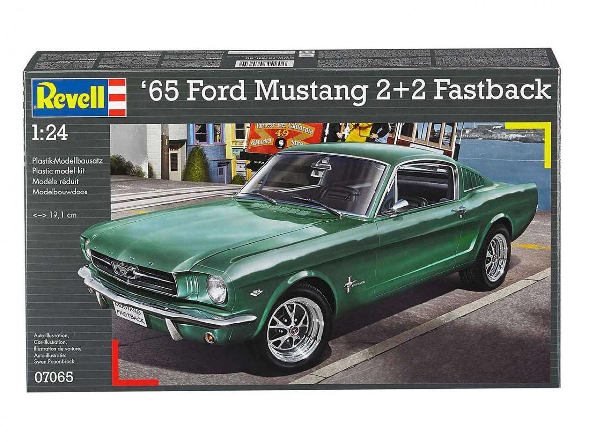 Ford Mustang 2 2 Fastback 1965 Revell Car Model Kit Com