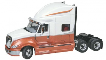 International Prostar - Revell