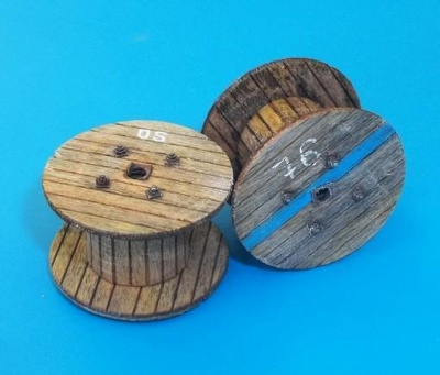 1/48 Cable reels – small