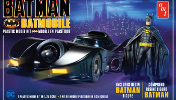 Batman 1989 Batmobile with Resin Figure - AMT