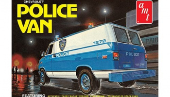 Chevy Police Van (NYPD) 1:25 Scale Model Kit - AMT