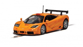 Autíčko Street SCALEXTRIC C4102 - McLaren F1 GTR - Papaya Orange (1:32)