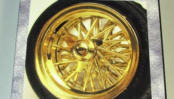 Wire Wheels Gold Type 17inch - Fujimi