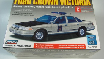 Ford Crown Police - Lindberg