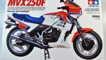 Honda MVX250F (1:12) Model Kit - Tamiya