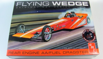 Flying Wedge Rear Dragster - AMT