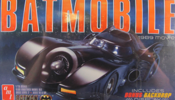 Batmobile 1989 - AMT