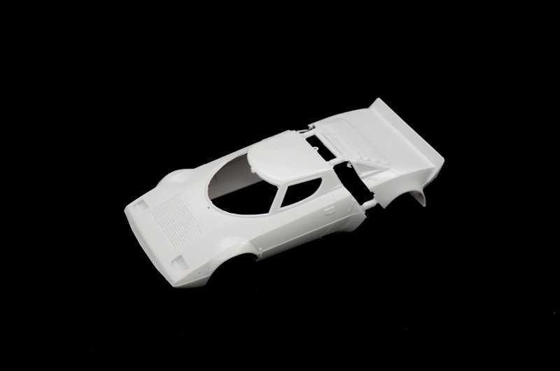 3654  Lancia Stratos HF  ITALERI 1:24 plastic model kit