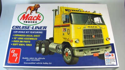 Mack Cruise-Liner Semi Tractor Cab - AMT