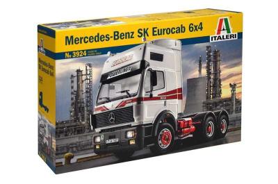 ITALERI 1:24 3941 Renault Ae500 MAGNUM modèle 2001 Truck Kit