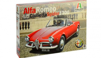 ALFA ROMEO GIULIETTA SPIDER 1300 (1:24) Model Kit 3653 - Italeri