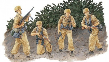 Model Kit figurky 6195 - FALLSCHIRMJAGER REGIMENT 3 (SICILY 1943) (1:35)
