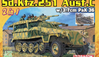 Model Kit military 7606 - Sd.Kfz.251/7 Ausf.C Pionierpanzerwagen (2 in 1) (1:72)