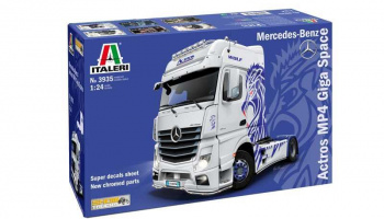 Mercedes-Benz ACTROS MP4 Giga Space (1:24) Model Kit truck 3935 - Italeri
