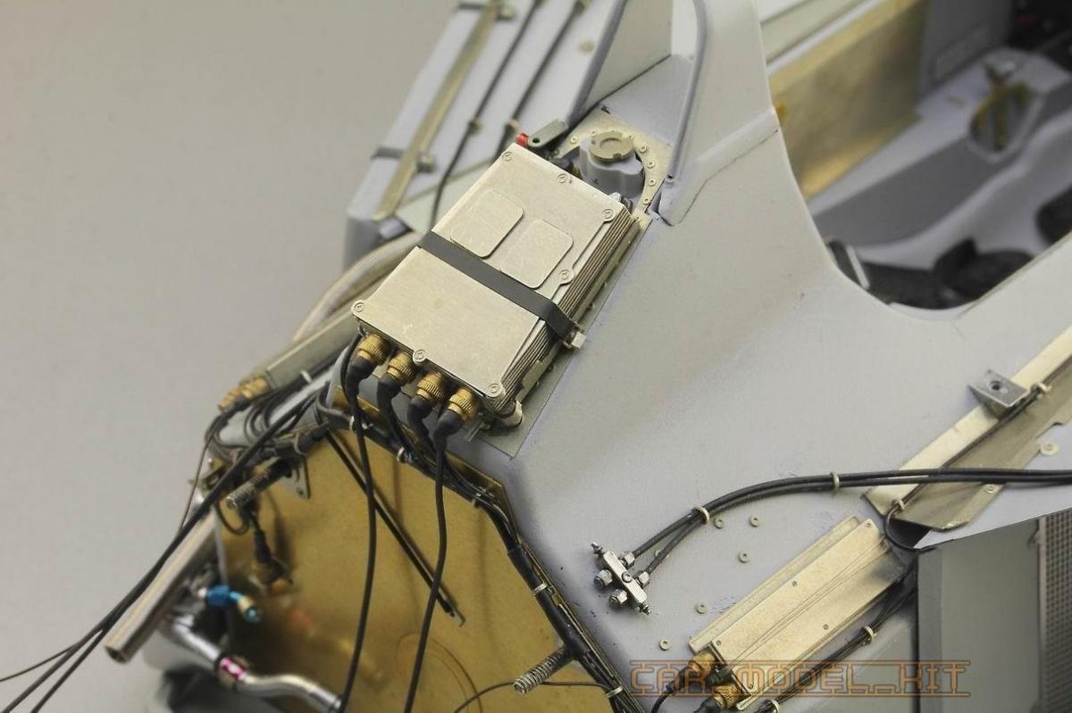Top Studio 1//12 MP4//6 Engine Super Detail-up Set for Tamiya kit