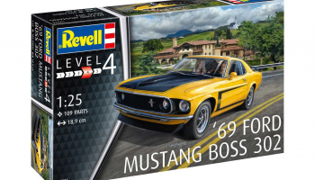 1969 Boss 302 Mustang (1:25) Plastic Model kit 07025 - Revell